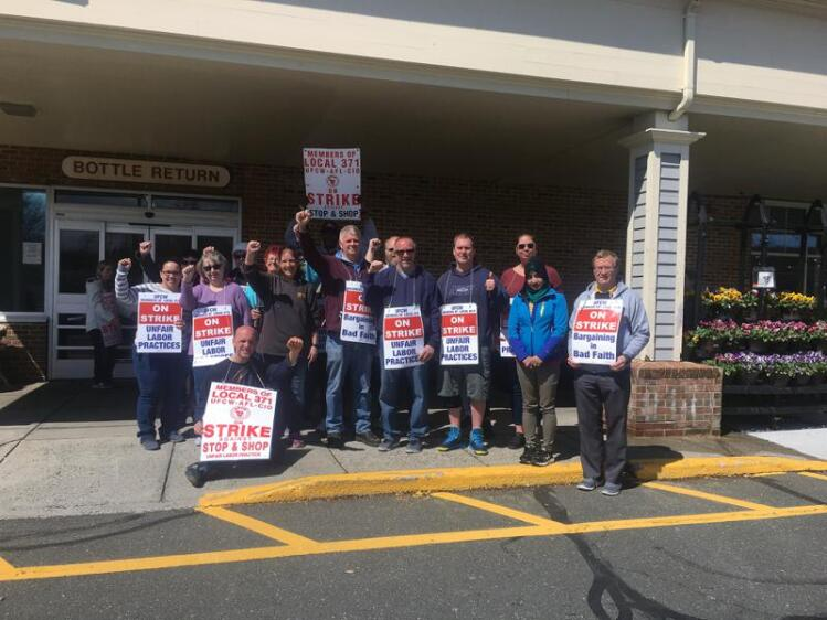 Stop & Shop Strike Continues As Pay, Pensions Remain At